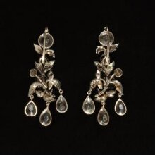 Pair of Earrings thumbnail 1