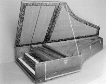 Harpsichord thumbnail 1