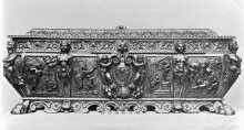 Cassone (Chest) thumbnail 1