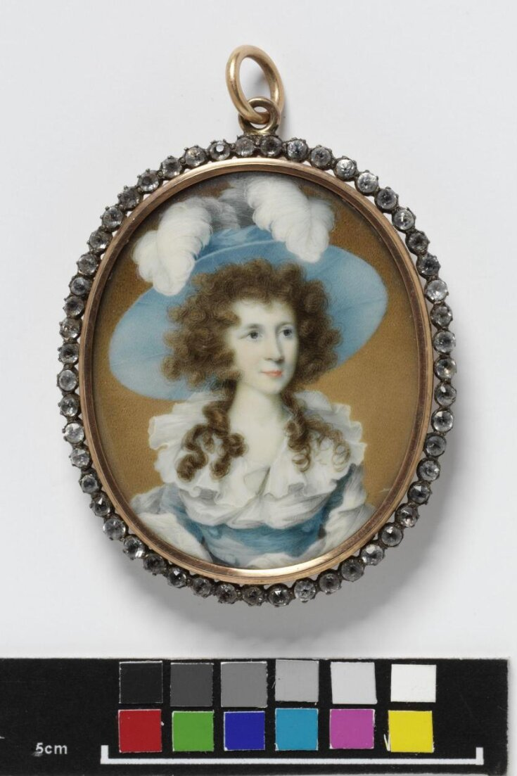 Portrait of an unknown woman top image
