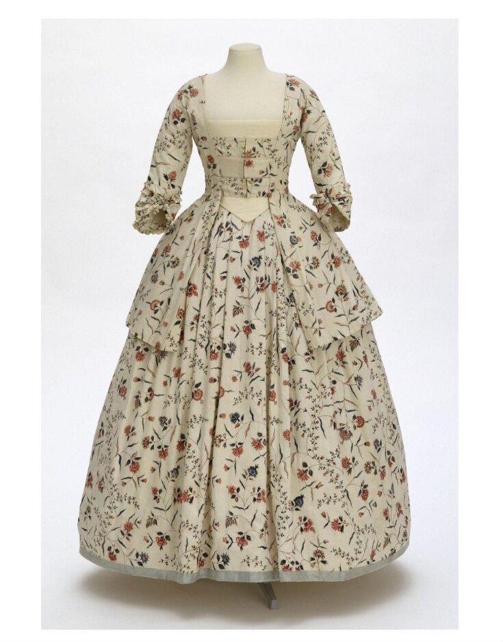Caraco and Petticoat top image