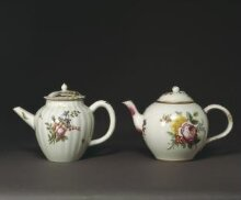Teapot and Cover thumbnail 1