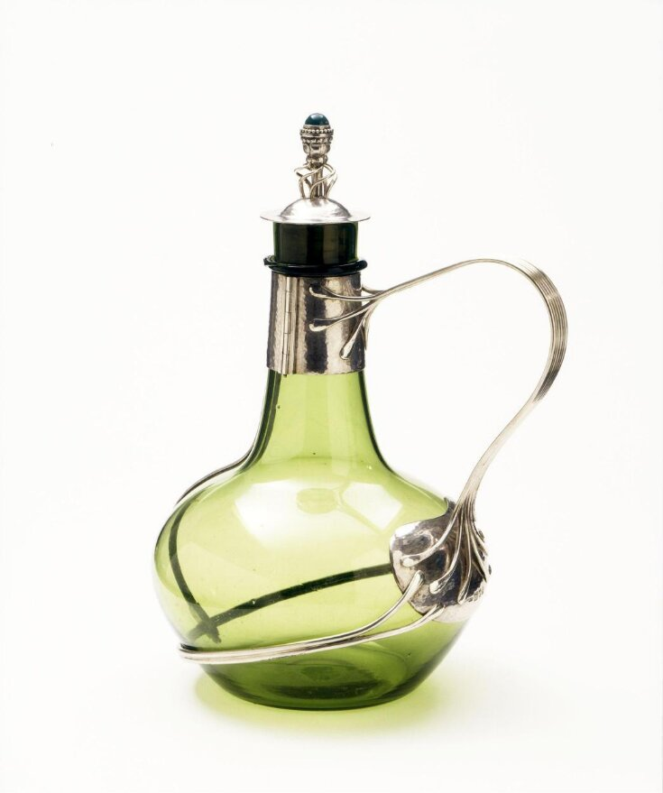 Decanter top image