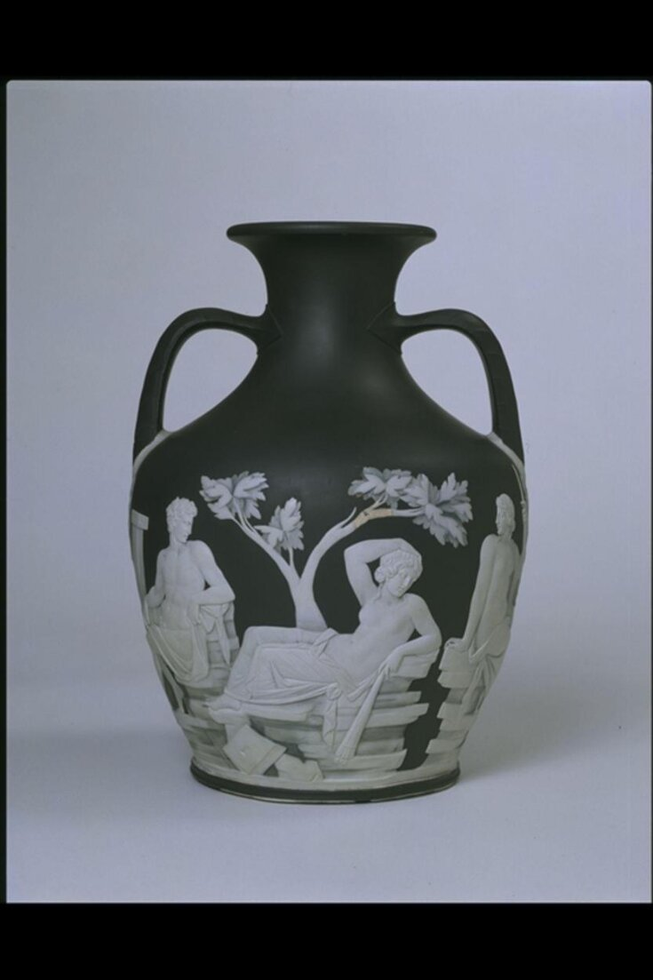 'First Edition' copy of the Portland Vase top image