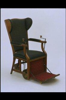 Gouty Chair thumbnail 1