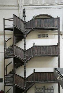 Staircase thumbnail 1