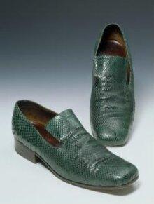 Pair of Shoes thumbnail 1