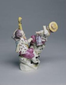 Two children playing musical instruments thumbnail 1