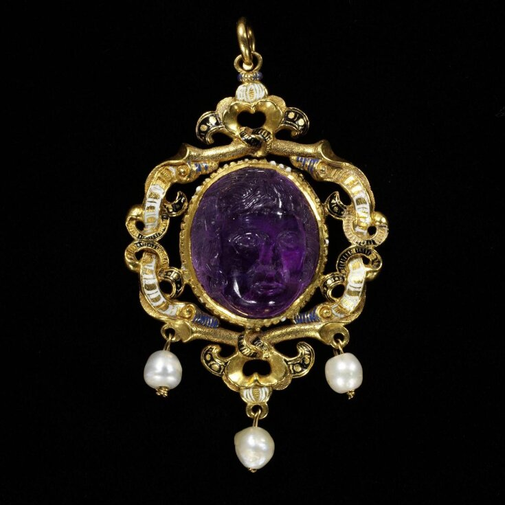 The Gatacre Jewel top image