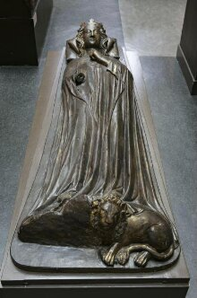 Queen Eleanor of Castile thumbnail 1