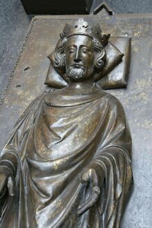 Effigy of King Henry III of England thumbnail 1
