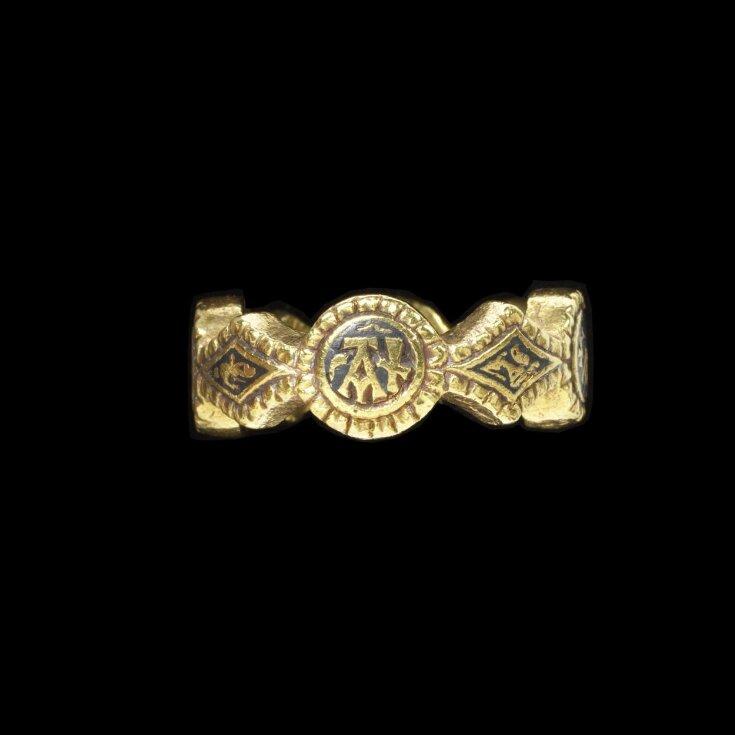 Signet Ring top image