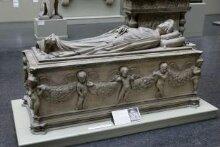 Tomb of Ilaria del Carretto thumbnail 1