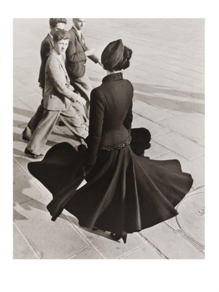 Renee, the New Look of Dior, Place de la Concorde, Paris, 1947 top image