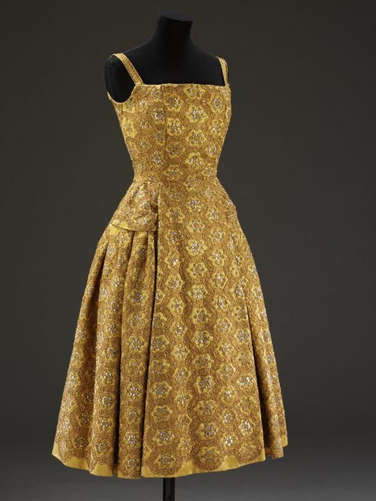 Pérou dress and coat top image