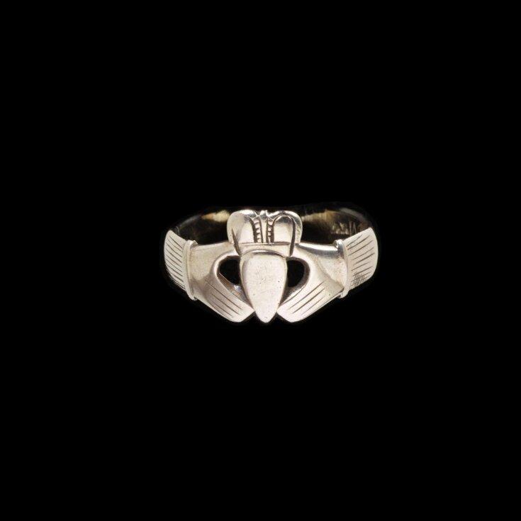 Ring top image