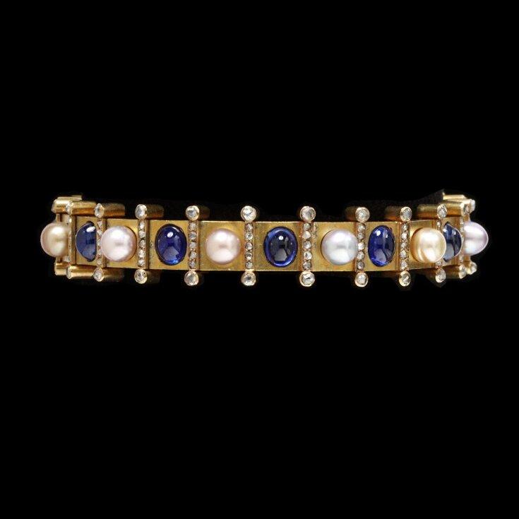 Bracelet top image
