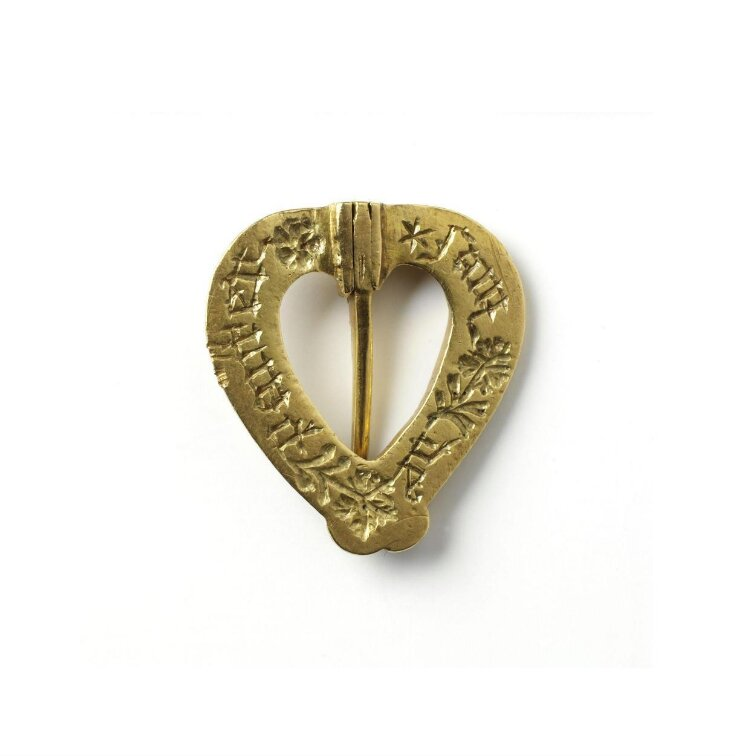 Heart-Shaped Brooch top image
