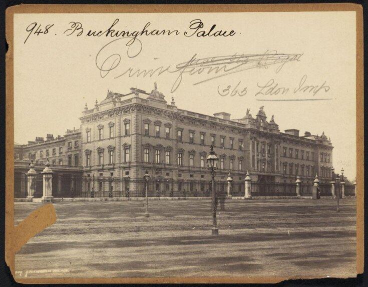 Buckingham Palace top image