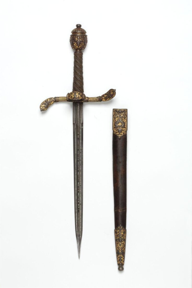 Left Hand Dagger and Sheath top image