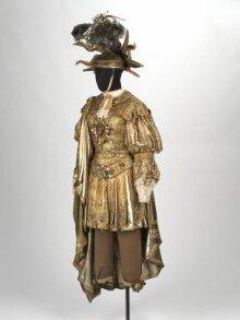 Recreation of the costume worn by Louis XIV as Apollo thumbnail 1