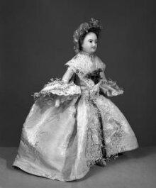 Mrs Powell Wedding Suit 1761 thumbnail 1