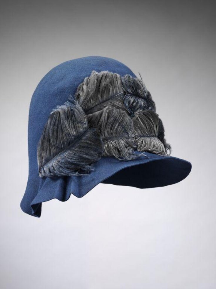 Cloche Hat top image