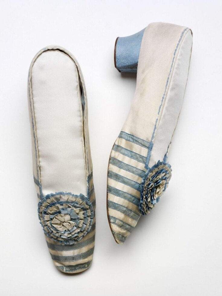 Pair of Shoes top image