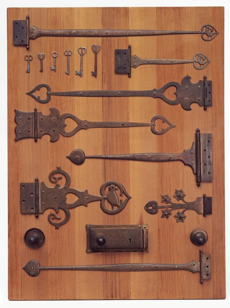 Eight Hinges, Six Keys and Two Handles top image