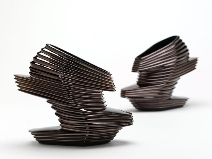 Nova Shoes top image