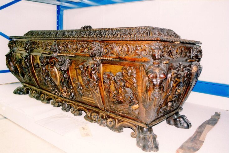 Cassone (Chest) top image