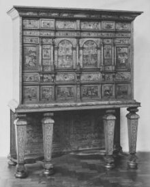 Cabinet on Stand thumbnail 1