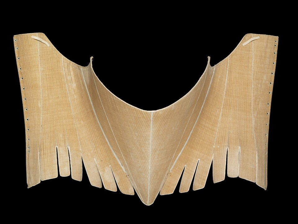 Stays, linen, silk and baleen (whalebone), Britain, 1780s. Museum no. T.56-1956. Given by Mrs E. Randall. © Victoria and Albert Museum, London