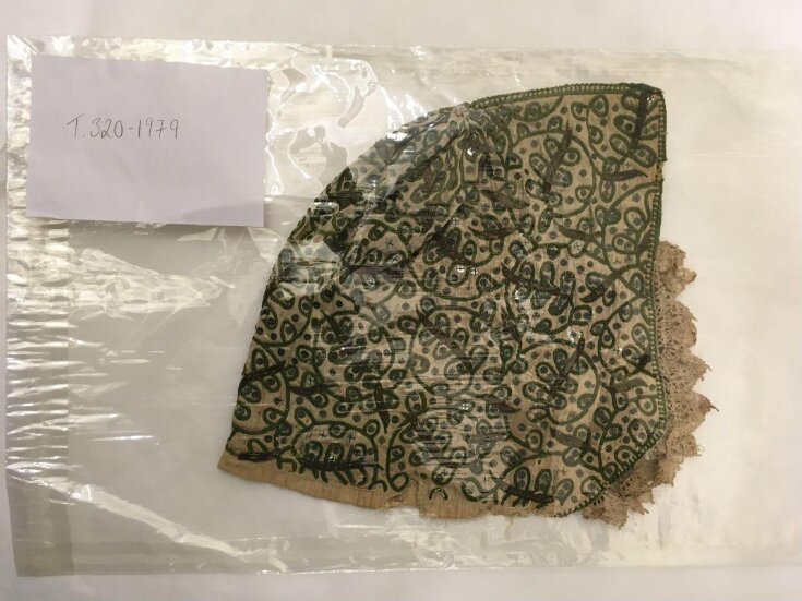 Coif top image