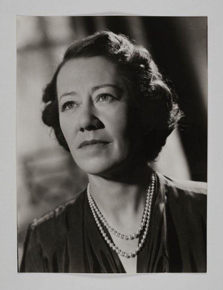 Photograph by Houston Rogers, portrait of Flora Robson, 1949 top image