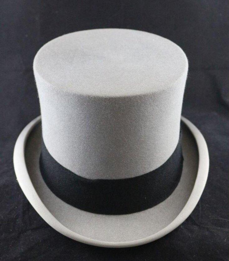 Top Hat top image